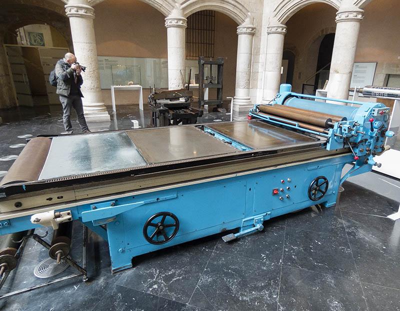 Sacapruebas litográfica eléctrica