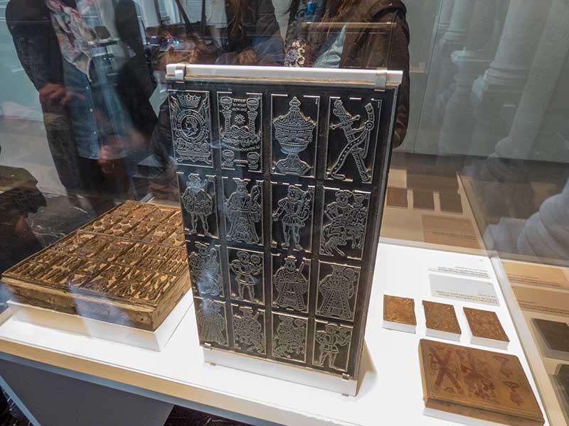 Plancha metálica y de madera (xilografía) para impresión tipográfica